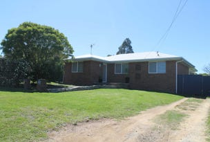 8 Furness Cres, Warwick, Qld 4370
