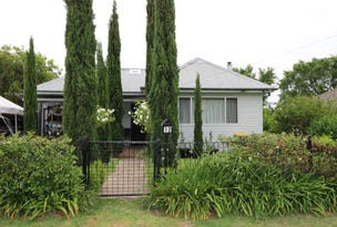 12 Brisbane Avenue, Cowra, NSW 2794