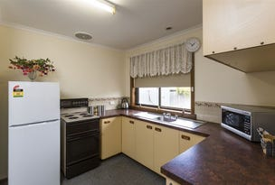 2/207 Steele Street, Devonport, Tas 7310