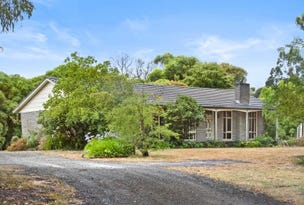 128  Fisken Road, Mount Helen, Vic 3350