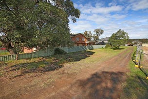 692 Henry Lawson Drive, East Hills, NSW 2213