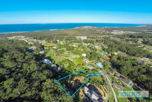 14 Azure Avenue, Emerald Beach, NSW 2456