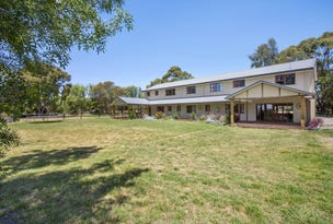 42 Sandy Point Road, Somers, Vic 3927