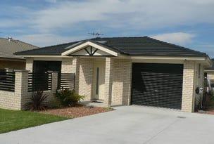 1/10 Melaleuca Pde, Taree, NSW 2430