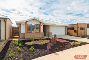 61 BOARDWALK BOULEVARD, Cowes, Vic 3922