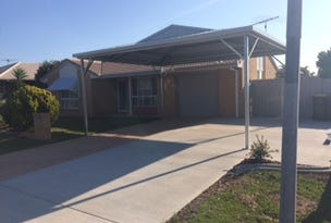 37 Lachlan Cres, Sandstone Point, Qld 4511