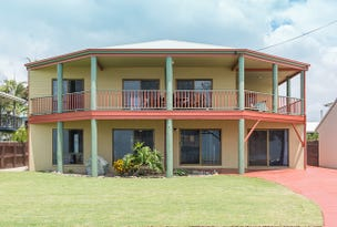42 Pacific Esplanade, Slade Point, Qld 4740