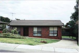 1/2 Tenzing Court, Strathdale, Vic 3550