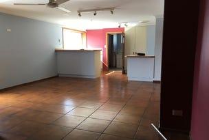 Flat 1 25 Pine Ave, Tuncurry, NSW 2428