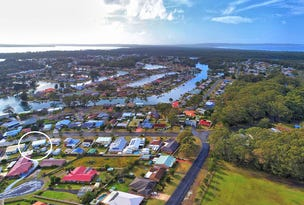 60 Sussex Inlet Road, Sussex Inlet, NSW 2540