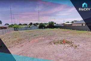 25 Moontana Avenue, Moonta Bay, SA 5558