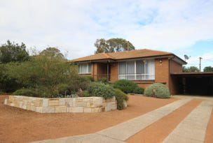 4 Horne Place, Latham, ACT 2615
