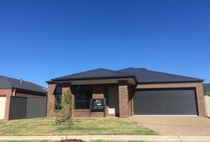 18 Lankester Court, Thurgoona, NSW 2640