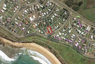 14 PINE AVENUE, Surf Beach, Vic 3922