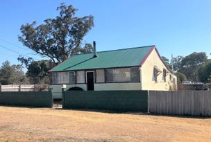 32 Callandoon Street, Wallangarra, Qld 4383