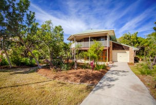 63 Tingira Cl, Rainbow Beach, Qld 4581