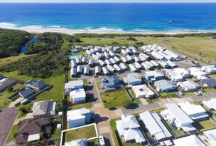31 Seaside Circuit, Caves Beach, NSW 2281