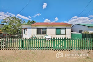 18 Moresby Way, West Bathurst, NSW 2795