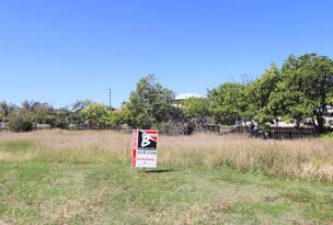 7 RITA Place, Coral Cove, Qld 4670