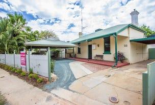 33 Victoria Avenue, Narrandera, NSW 2700