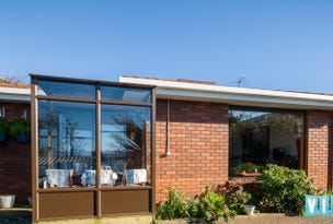 2/3 Cromwell Crescent, Devonport, Tas 7310