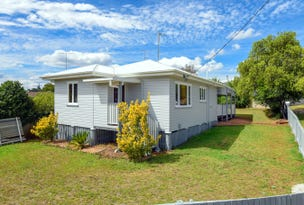 174 Ruthven Street, North Toowoomba, Qld 4350
