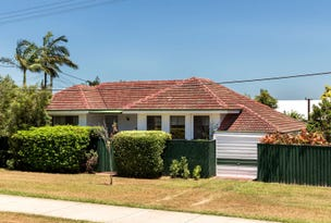 7 BELL STREET, Woody Point, Qld 4019