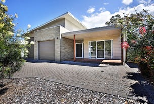 8 Hazelwood Rise, Callala Beach, NSW 2540