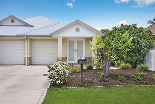 2 / 4 TOFINO CLOSE, Pelican, NSW 2281