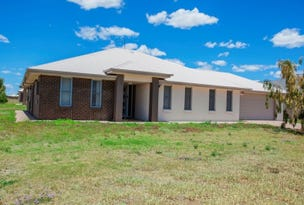 1 Freeman Close, Chinchilla, Qld 4413