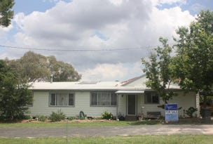 76 Railway Avenue, Coolah, NSW 2843