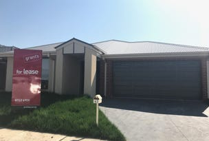 42 Copper Beech Road, Beaconsfield, Vic 3807