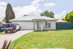 7 Molloy Place, Young, NSW 2594