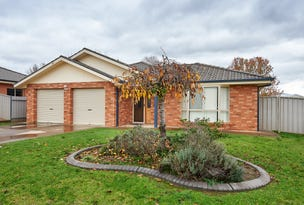 7 Womboin Crescent, Glenfield Park, NSW 2650