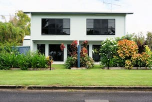 1/117 Taylor Street, Tully Heads, Qld 4854