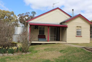 61 Blacks Road, Glen Innes, NSW 2370