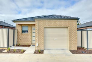 17 Ron Court, Canadian, Vic 3350