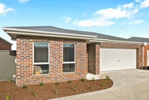 7/10 Wood Street, Soldiers Hill, Vic 3350