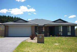 7 Lovejoy  Ave, Blayney, NSW 2799