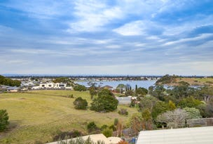 5 Bass Close, Lakes Entrance, Vic 3909