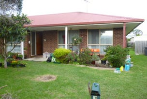 18 Robert Drive, Cowes, Vic 3922