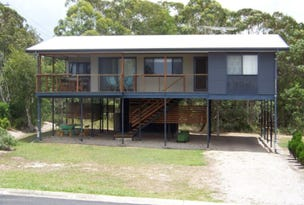 19 Oomool St - HOLIDAY LET, Macleay Island, Qld 4184