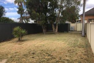 3 Marina Cr, Greenacre, NSW 2190