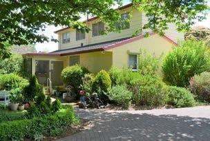 8 Brady Place, Garran, ACT 2605