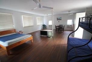 39 John Dory Street, Taylors Beach, Qld 4850
