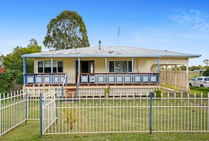 18 Lucy Street, Cambooya, Qld 4358