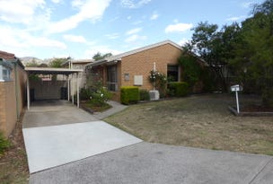 8 Cleeve Place, Gordon, ACT 2906