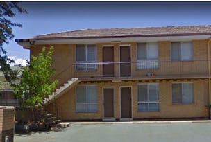 2/56 Henderson, Queanbeyan, NSW 2620