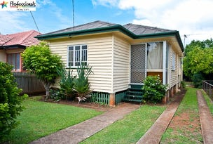 71 King Street, Woody Point, Qld 4019