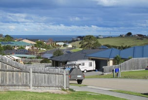 16 Westbury Way, Lakes Entrance, Vic 3909